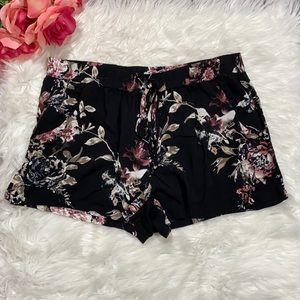 Gypsies & Moondust Black Floral Shorts sz XL